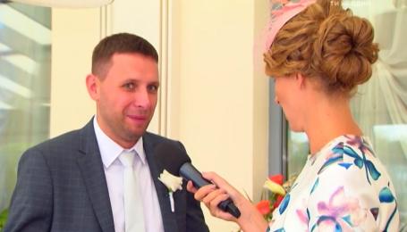Нардеп Парасюк поділився секретом, як він став несподіваним гостем на весіллі у селі на Волині
