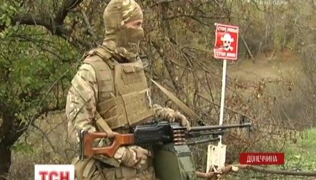 Бойовики зірвали розведення військ на Східному фронті