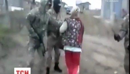 Россия продолжает охоту на татар: в Крыму ФСБ задержало по меньшей мере 5 человек