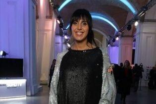 Джамала на модном показе похвасталась платьем от украинского дизайнера