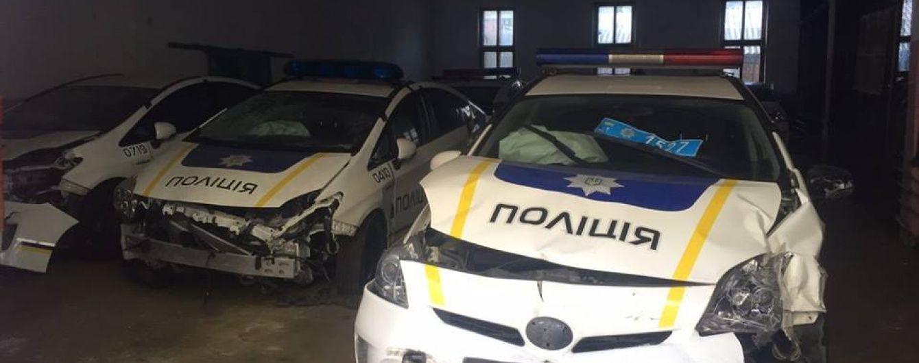 У Миколаєві на перехресті сталася ДТП за участю патрульних та позашляховика