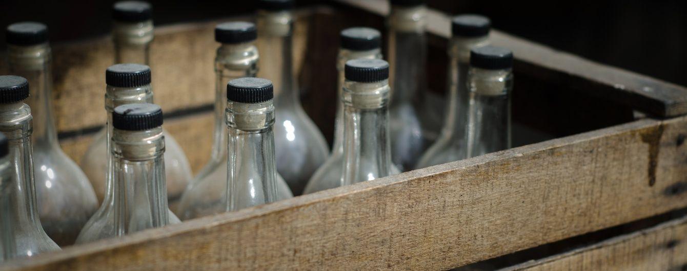 Из Бориспольской больницы сбежал единственный выживший после употребления алкоголя