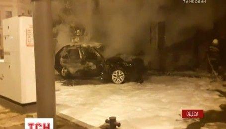 Одна з одеських автозаправок загорілася внаслідок ДТП