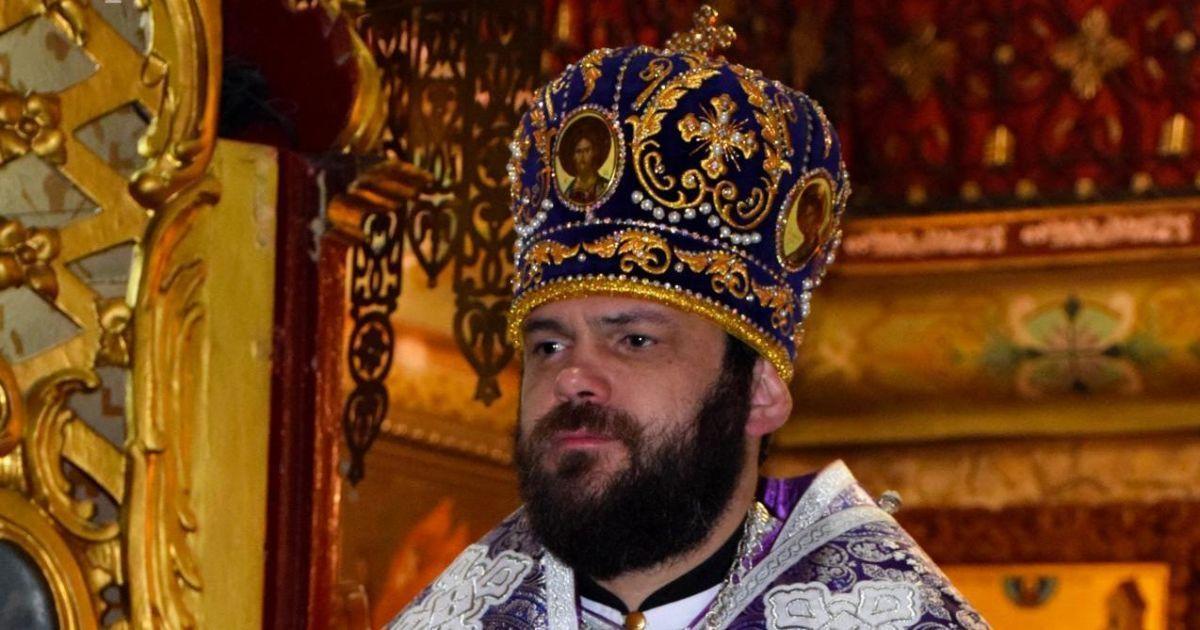 """УАПЦ жорстко покарала архієпископа, який розважався в нічному клубі з """"гарячими"""" дівчатами"""