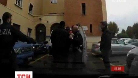 В Италии полиция задержала мигрантов, направлявшихся во Францию в поисках лучшей жизни