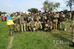 Бійці 28-ї бригади подякували журналістам ТСН за роботу на передовій