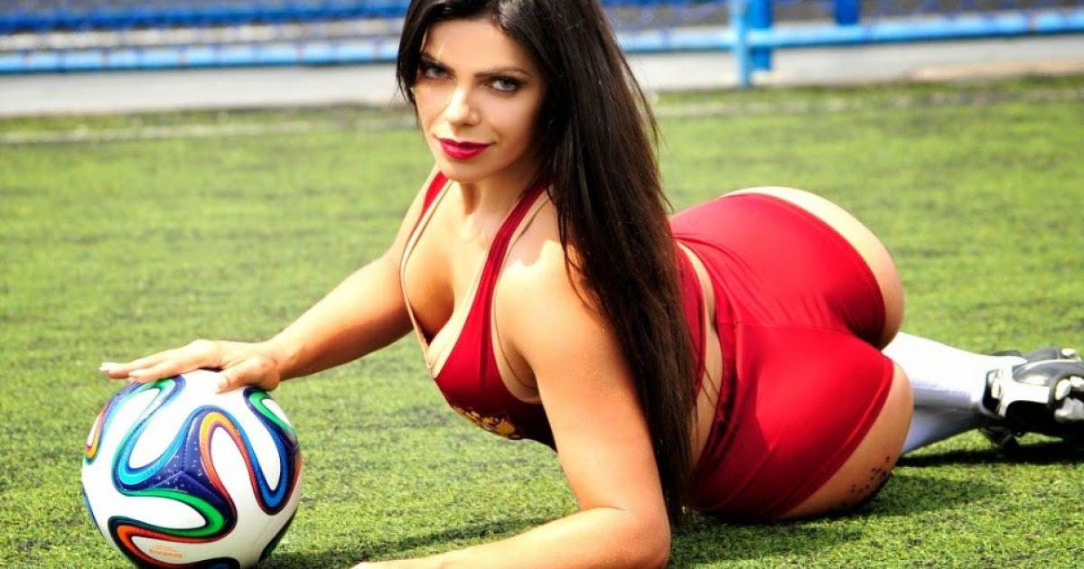 Бразильська модель Playboy Сюзі Кортес @ thesun.co.uk