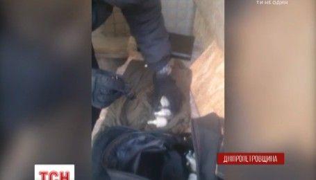 Мужчина пытался по почте отправить боеприпасы из Донецкой области в Коломыю
