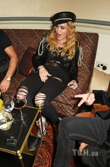 Мадонна на вечірці_2