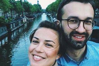 Лещенко втік від запитань про прокльони його коханої на адресу нардепів