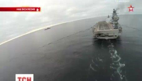 """Російські ЗМІ оприлюднили відео злету та посадки винищувачів на авіаносець """"Адмірал Кузнєцов"""""""