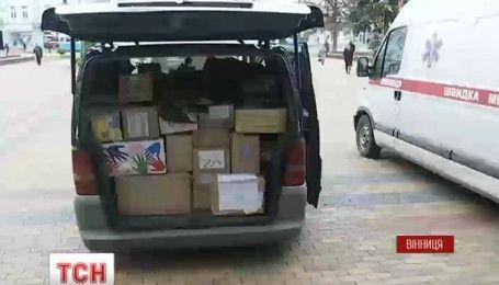 Десять тонн продуктов собрали винницкие волонтеры солдатам на Восток