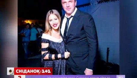 Ксения Собчак не прекращает занятия йогой на последнем месяце беременности
