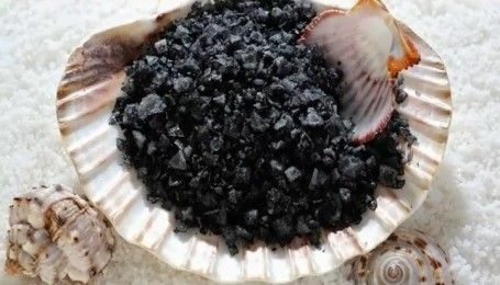 П'ять видів солі, якими можна замінити звичайну кам'яну