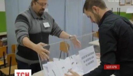 У Болгарії відбувся перший тур голосування президентських виборів