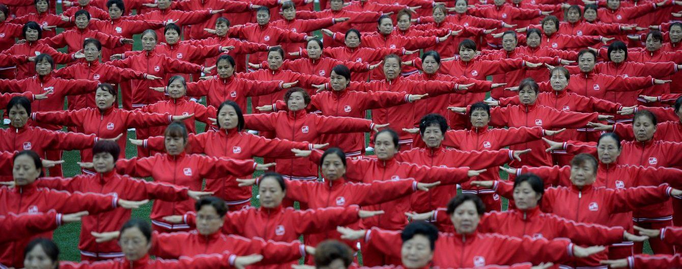 """Рекордний """"бебі-бум"""". У Китаї відзначили успіх нової демографічної політики """"двох дітей"""""""
