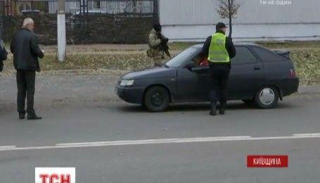 В Славутиче разыскивают стрелка, ранившего 2 полицейских