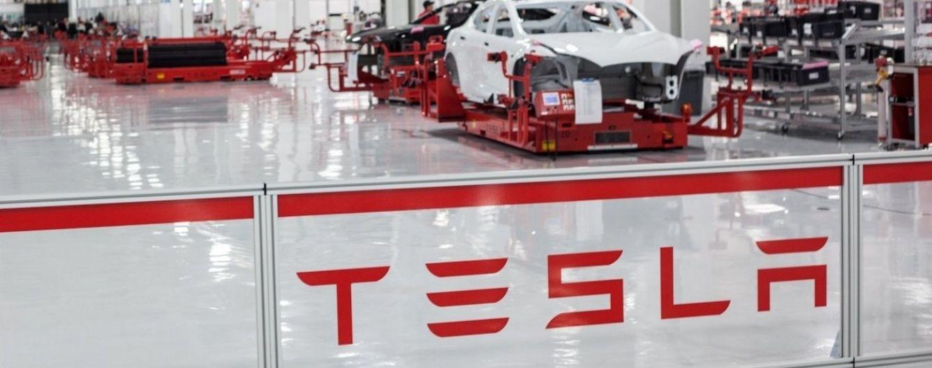 Tesla обвинила компанию Bosch в неполадках с рулевым управлением