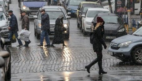 Киев остановился в 10-балльных пробках