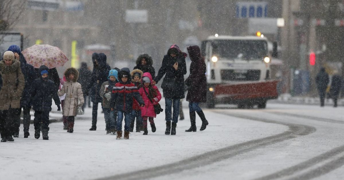 У Кличко обнародовали предупреждение киевлянам из-за снега и гололеда