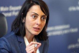 Деканоидзе назвала смешными обвинения Саакашвили в связях с Курченко