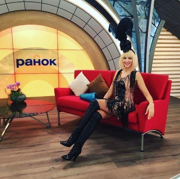 Оля Полякова з новою зачіскою_4