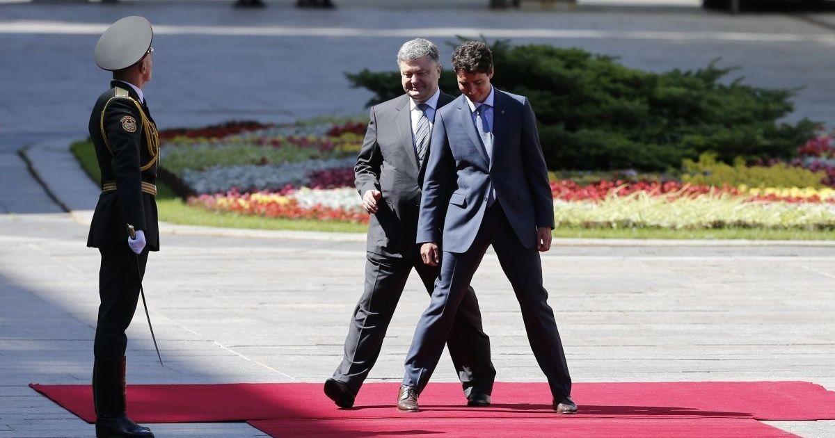 Порошенко просить Раду ратифікувати угоду про зону вільної торгівлі України з Канадою