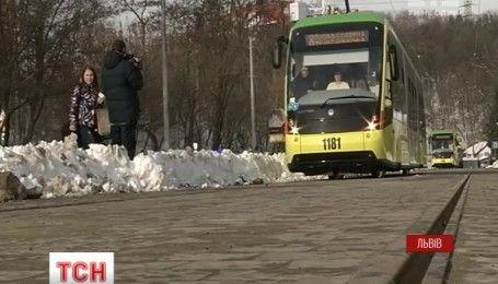 У Львові запустили швидкісний трамвай