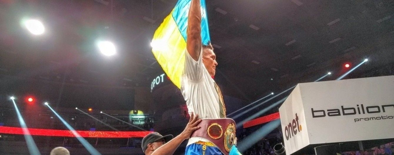 Усик нокаутировал Мчуну и защитил чемпионский титул