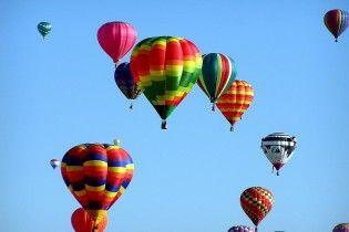 В США воздушный шар врезался в толпу участников фестиваля