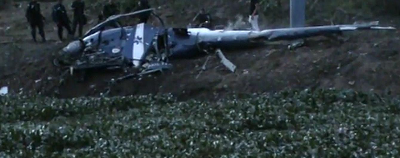 У Ріо-де-Жанейро над нетрями розбився поліцейський вертоліт