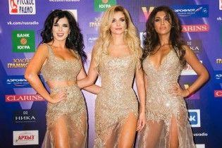 Новий гурт екс-віагрянок у звабливих сукнях дебютував на російській премії