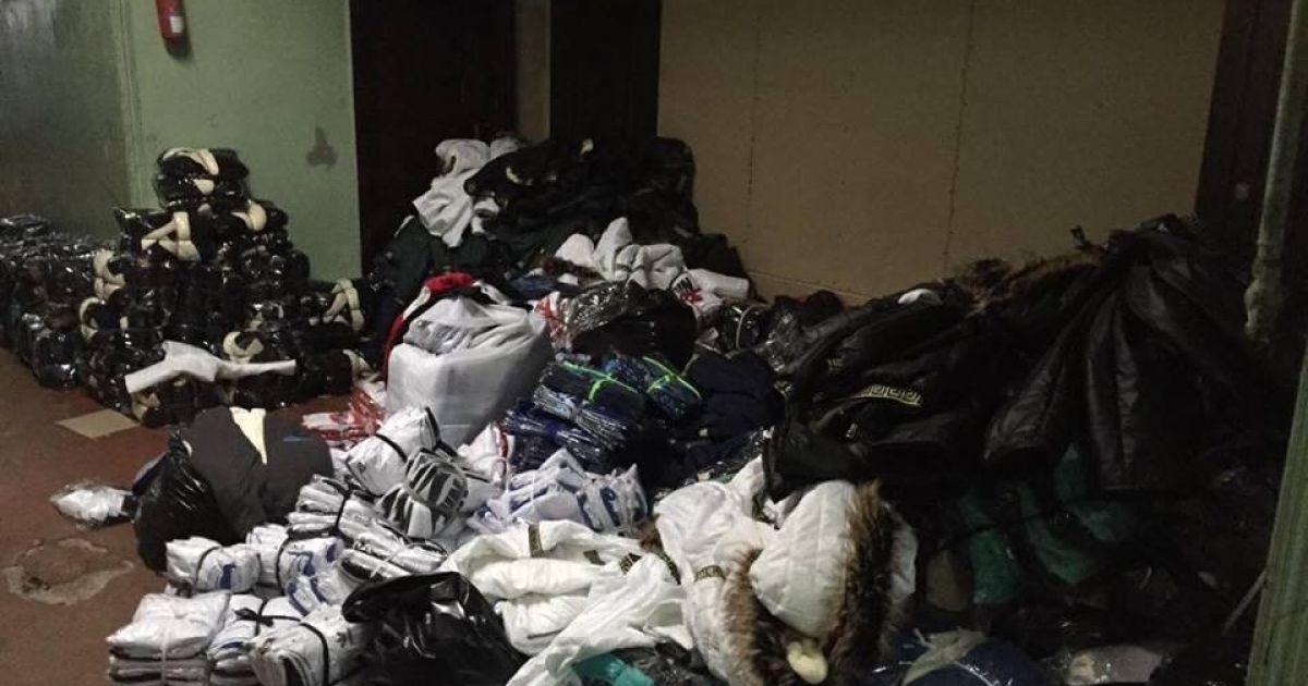 e8d4d0323 В Одессе накрыли масштабное производство контрафактной одежды ...