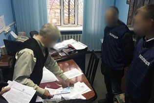 У Києві за 15 тис. гривень продавали сертифікати відповідності на новобудови