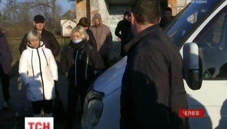 Черниговские участники АТО проучили водителя маршрутки, который оскорбил участницу боевых действий