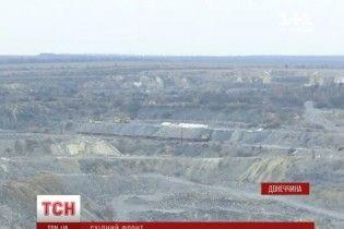"""Кар'єр і завод українського мільярдера опинився на лінії фронту під """"опікою"""" бойовиків"""