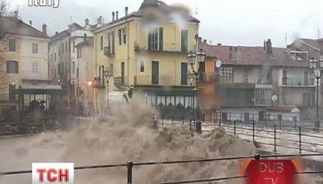 В Италии из-за сильных ливней из берегов вышла река Танара