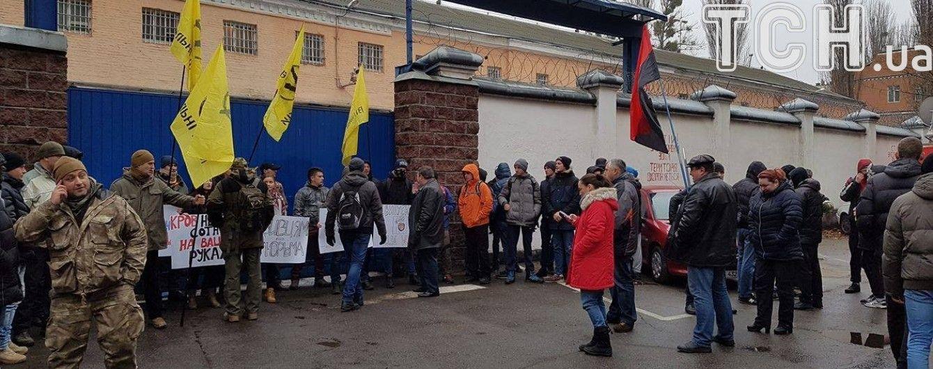 """""""Правий сектор"""" дозволить беркутівцям виїхати із СІЗО на допит Януковича"""