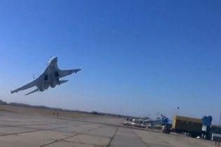 """Небезпечне зближення: у РФ заявили про """"провокаційний розворот"""" літаків США над Балтикою"""