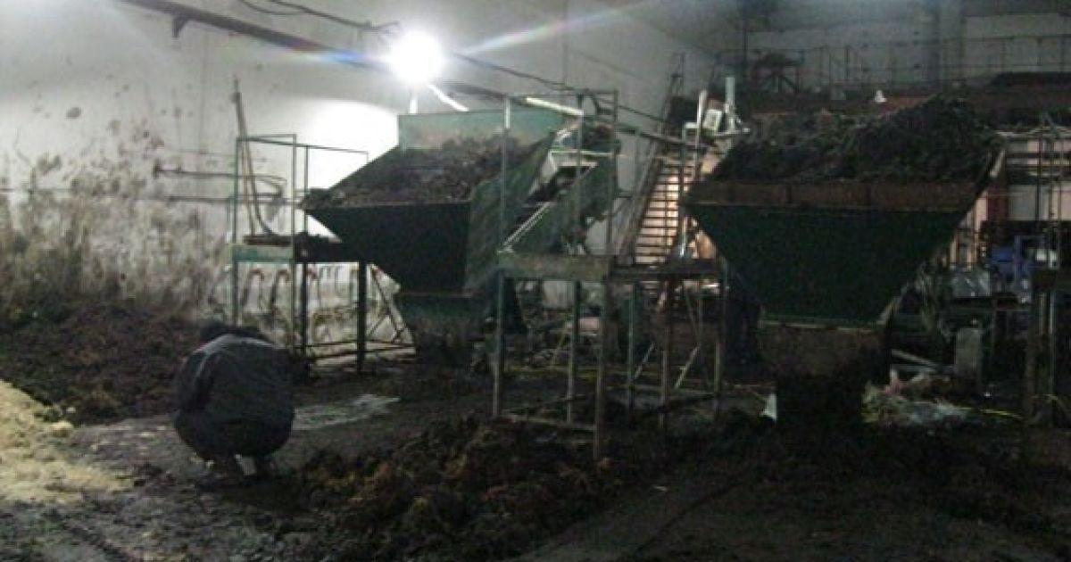 Потужний вибух стався на чернігівському заводі. Є постраждалі