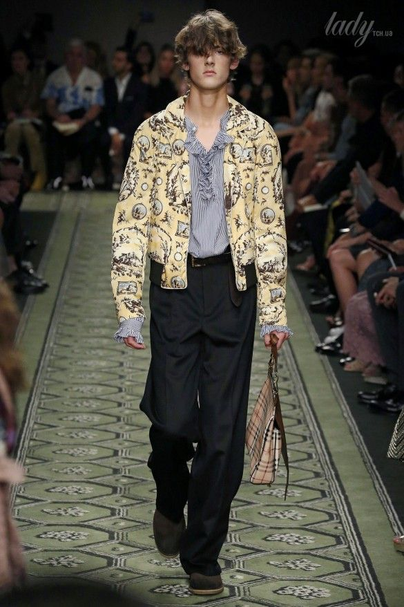 Коллекция Burberry прет-а-порте сезона весна-лето 2017_45