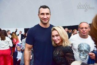 Без макияжа и в объятиях любимого: Хайден Панеттьери с Владимиром Кличко в Майами