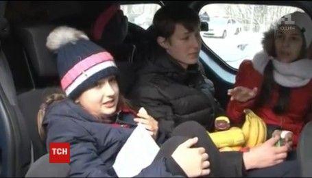 Домой вернулись дети и взрослые, которые попали в страшное ДТП недалеко от Днепра