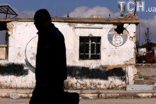 """Израиль эвакуировал из Сирии """"Белых касок"""", которые помогали жертвам войны на территории повстанцев"""