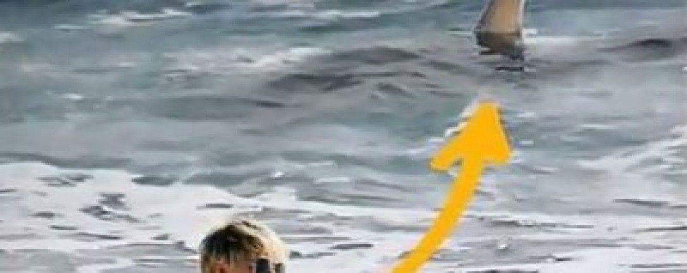 Не помітила плавець за спиною. Німецька модель розповіла, як дивом врятувалась від акули