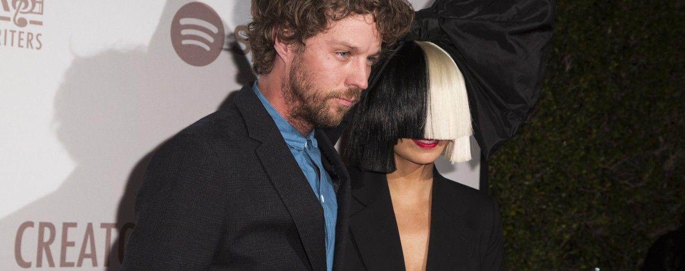 Американська співачка Sia розлучається з чоловіком