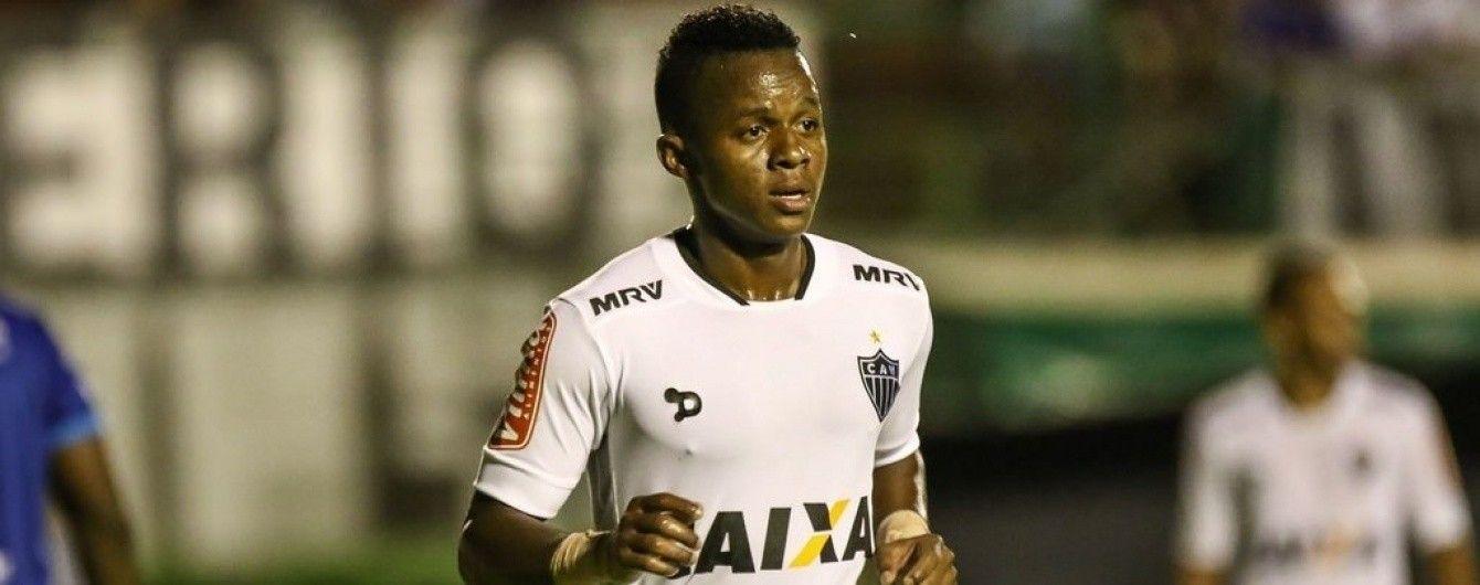 Футболіст забив гол зі своєї половини поля у фіналі Кубка Бразилії