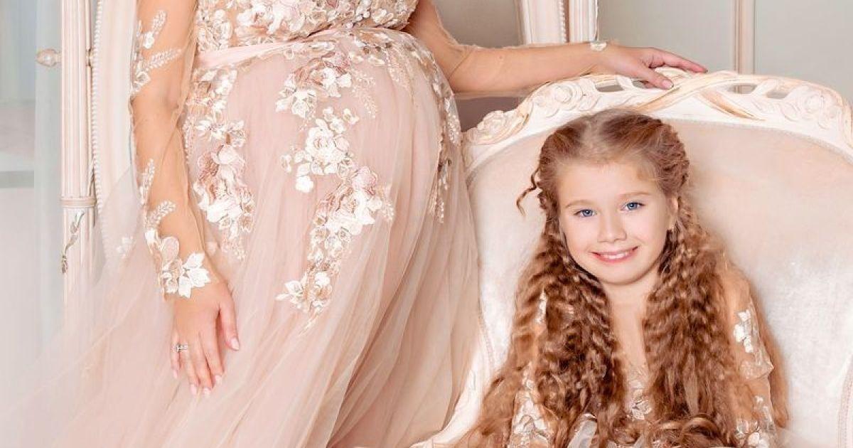 Катерина Бужинська з 9-річною дочкою Альоною @ viva.ua