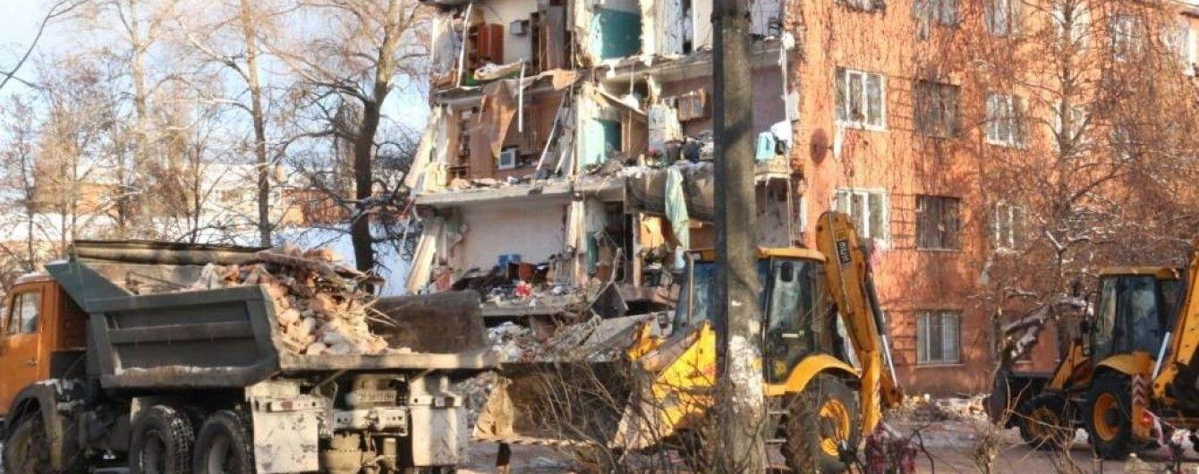 """Комиссия вынесла """"приговор"""" общежитию в Чернигове, где произошел обвал"""