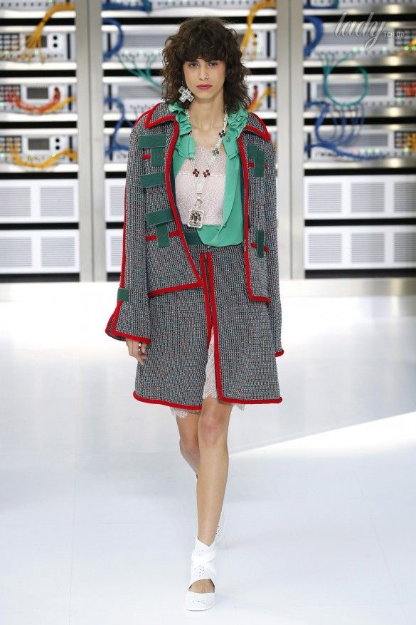 Коллекция Chanel прет-а-порте сезона весна-лето 2017_5
